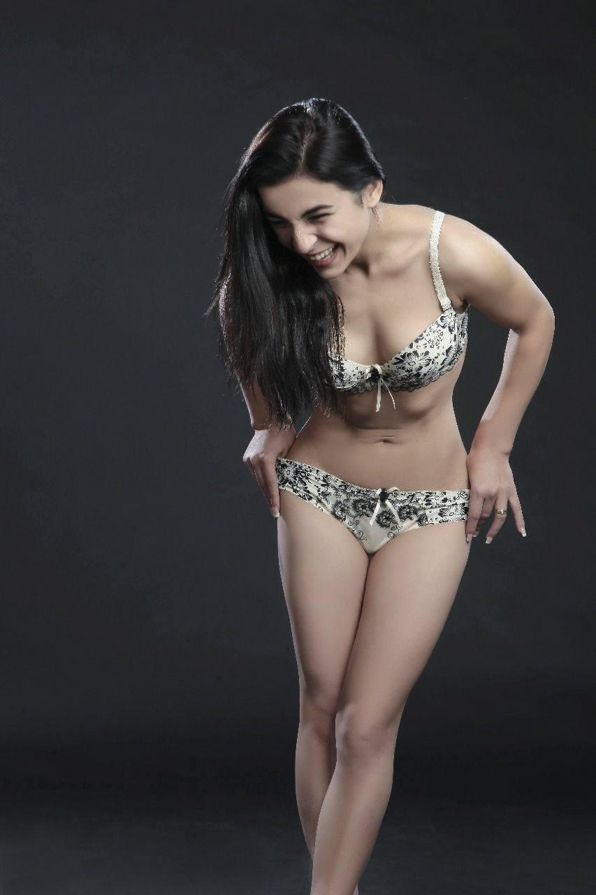 שילה – הצעירה הכי עדינה מבקרת את חיפה